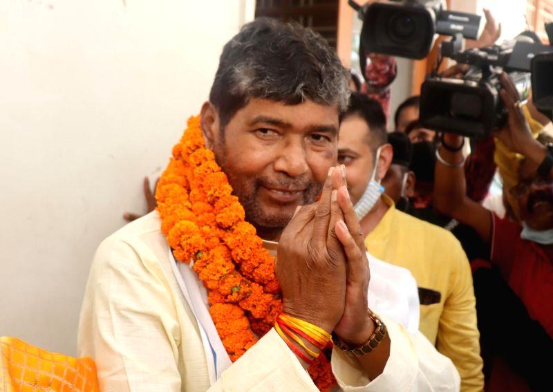 Patna:  Lok Janshakti Party rebel leader Pashupati Kumar Paras filing his nomination paper for party National president in Patna, on Thursday  17 June 2021. (Photo: AFTAB ALAM SIDDIQUI/ IANS)