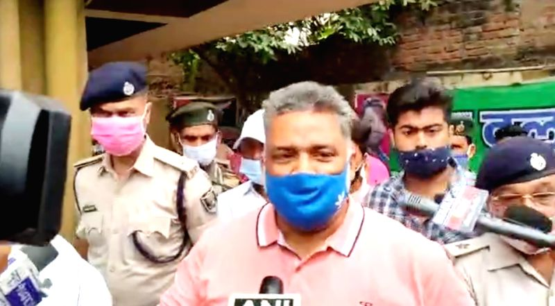 Patna police arrested Pappu Yadav for violating lock down norms.