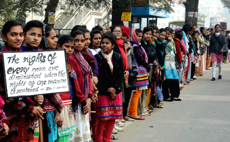 Students form a human chain on Human Rights Day in Patna, on Dec 10, 2014.
