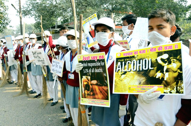 Students participate in an awareness rally against drug and alcohol addiction  in Patna on Nov 26, 2014.