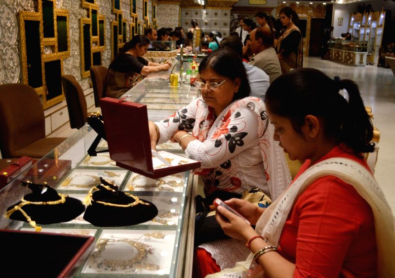 "People busy buying jewellery on ""Akshaya Tritiya"" in New Delhi on April 28, 2017."