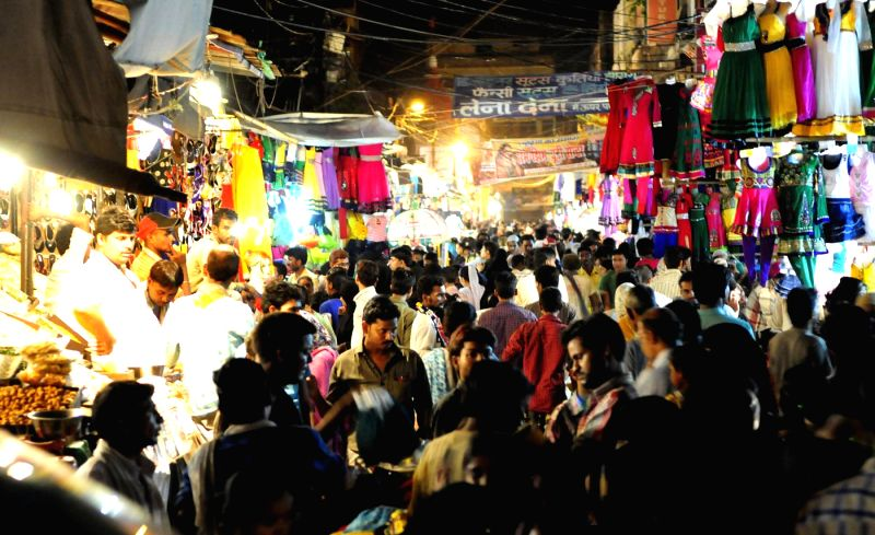 People busy shopping ahead of Eid ul-Fitr in Lucknow on July 27, 2014.