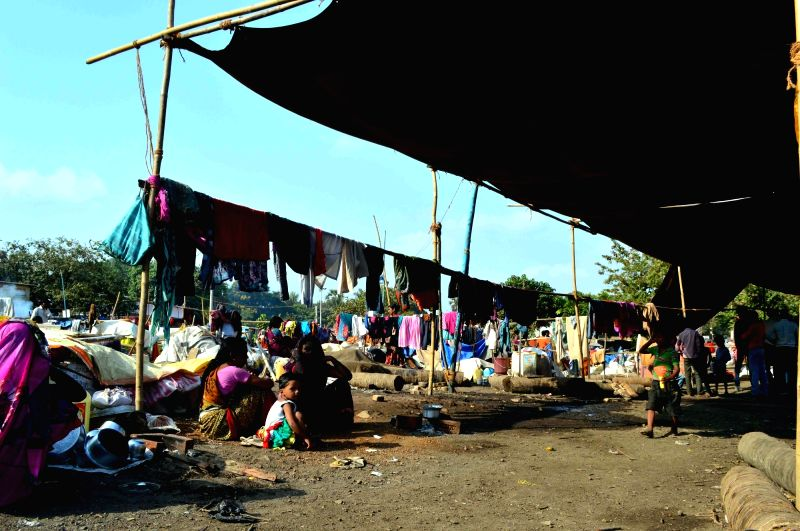 People from drought hit Latur take shelter at Ghatkopar of Mumbai on May 8, 2016.