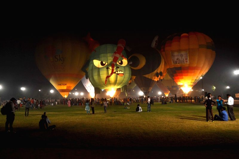 People participate in the two-day balloon festival on Nov 13, 2015.