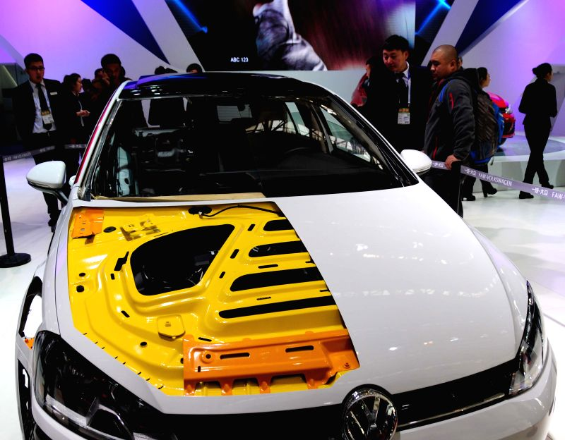 People visit the autumn auto show in Harbin, capital of northeast China's Heilongjiang Province, Nov. 17, 2015. The 7-day event started on Tuesday, attracting more ...