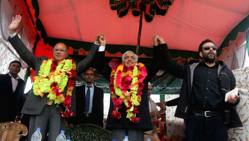 Peoples Democratic Party (PDP) leader Mufti Mohmmad Sayeed during an election rally at Budgam in Srinagar on April 12, 2014.