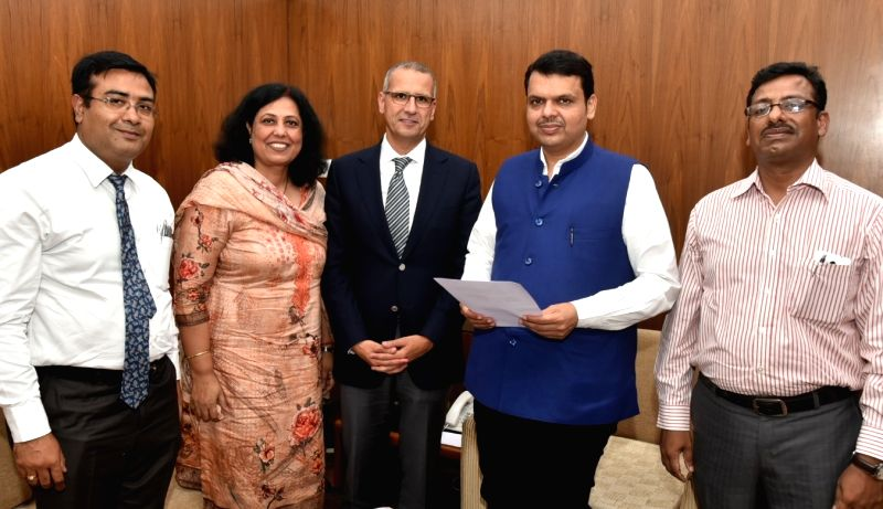 PepsiCo India President and CEO Ahmed ElSheikh meets Maharashtra Chief Minister Devendra Fadnavis in Nagpur on July 11, 2018. PepsiCo has partnered with Gem Enviro Management for setting up ... - Devendra Fadnavis