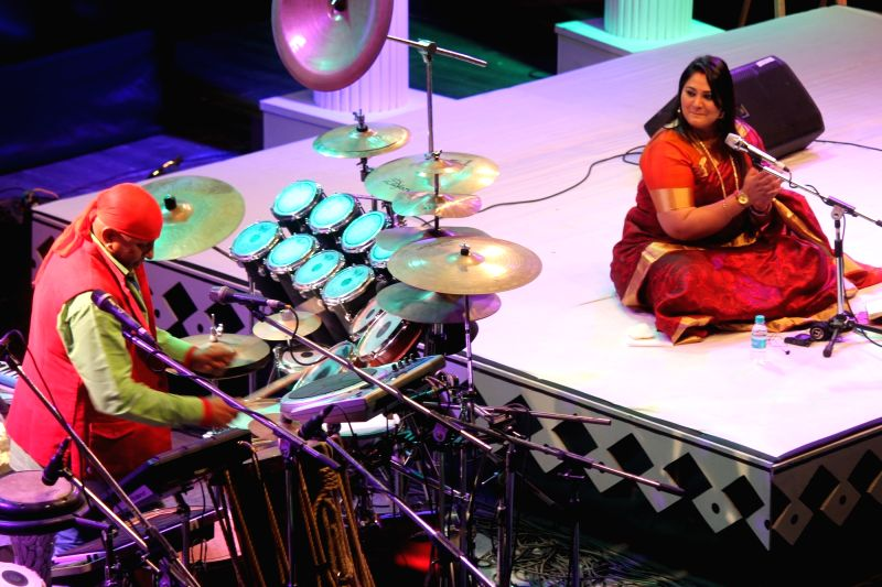 Percussionist Sivamani and singer Runa Rizvi Sivamani perform during Dr. Vasantrao Deshpande Antar Rashtriya Sangeet Samaroh in Nagpur on Aug 3, 2016.