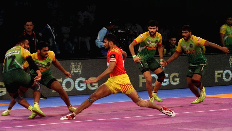 Pro Kabaddi League 2017 - Gujarat Fortunegiants Vs Patna Pirates