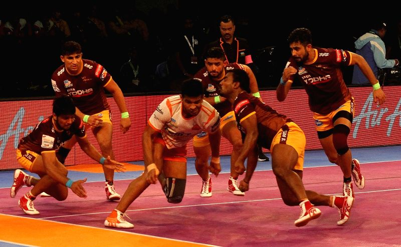 Pro Kabaddi League 2017 - Puneri Paltan vs U.P. Yoddha