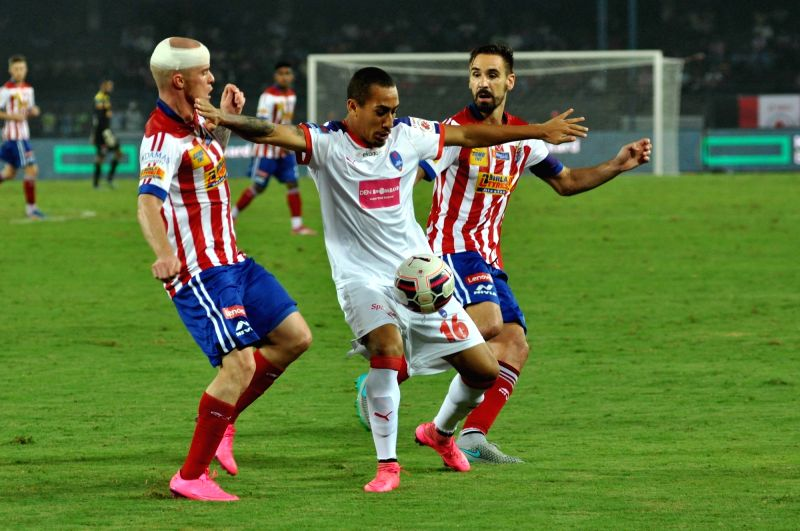 Players in action during an ISL match between Atletico de Kolkata and Delhi Dynamos FC at Salt Lake Stadium in Kolkata, on Oct 29, 2015.