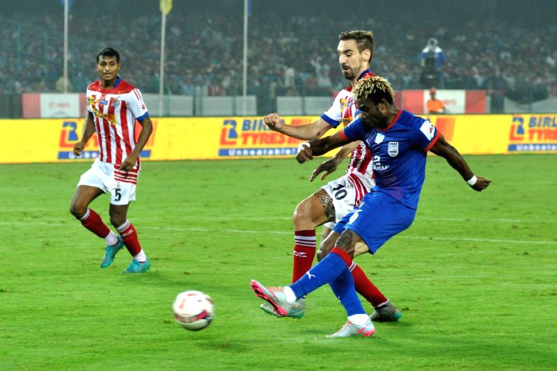 Players in action during an ISL match between Atletico de Kolkata and Mumbai City FC in Kolkata on Dec 4, 2015.