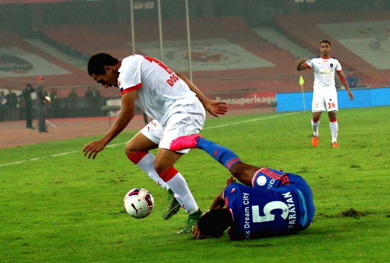 Players in action during an ISL match between Delhi Dynamos FC and FC Goa at Jawaharlal Nehru Stadium in New Delhi, on Dec 11, 2015.