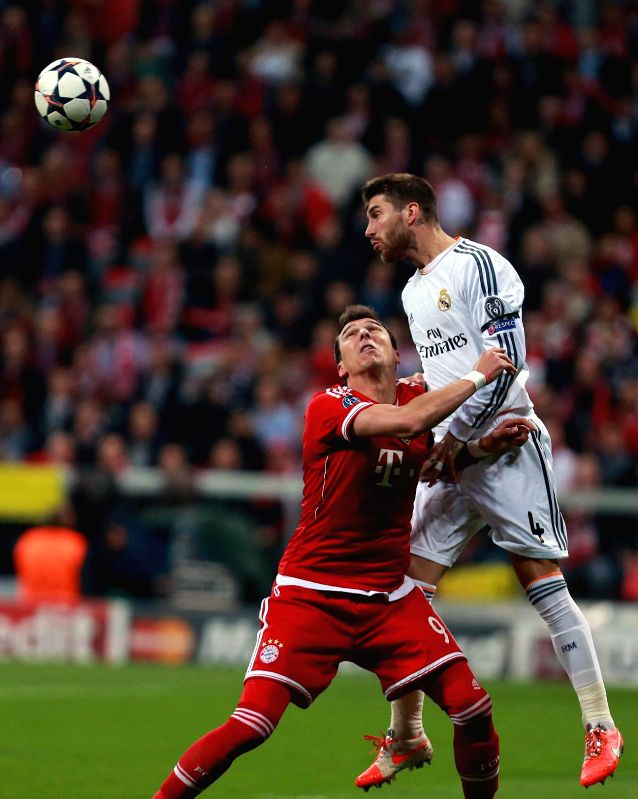 Players in action during the UEFA Champions League Semi Final second leg match between FC Bayern Muenchen and Real Madrid at Allianz Arena in Madrid, Spain on April 29, 2014. (Xinhua/Luo Huan/Huan ...