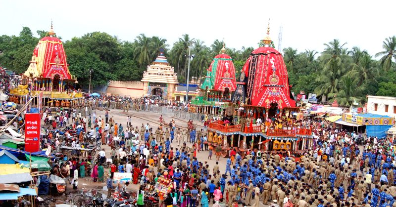 "Police personal pulling the three chariots to change direction for the return festival of ""Bahuda Yatra"" in Puri on July 5, 2014. Bahuda Yatra will be celebrated on Monday."