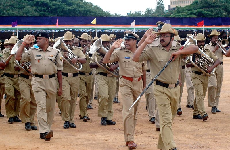 Policemen during Independence Day rehearsals at Manekshaw Parade Ground in Bangalore on Aug 12, 2014.