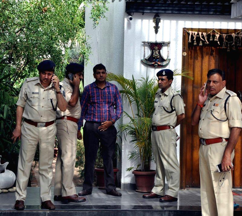 Policemen outside the residence of Bhaiyyuji Maharaj, a Madhya Pradesh-based spiritual guru who committed suicide by shooting himself in Bhopal on June 12, 2018.