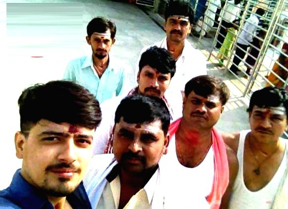 Praveen, Madu, Mallesh, Sridhara, Rajashekara, Manjunath and Ragavendra who were killed in a road accident in Karnataka's Shivamogga when the car they were in crashed into the rear of a ...