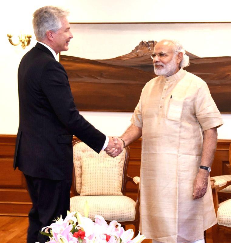 President Carnegie Endowment for Int`l Peace William J. Burns calls on the Prime Minister Narendra Modi, in New Delhi on April 5, 2016. - Narendra Modi