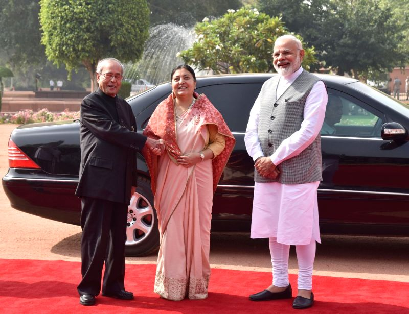President of Nepal Bidhya Devi Bhandari being received by President Pranab Mukherjee and Prime Minister Narendra Modi at the Ceremonial Reception at  Rashtrapati Bhavan, in New Delhi on ... - Narendra Modi and Pranab Mukherjee