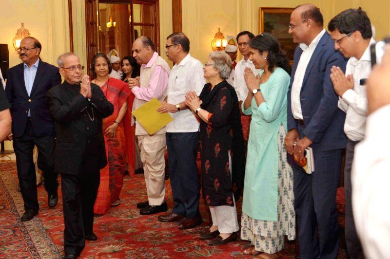President Pranab Mukherjee during a meeting with the members of Editors Guild of India led by Raj Chengappa  at Rashtrapati Bhavan, on June 5, 2017. - Pranab Mukherjee