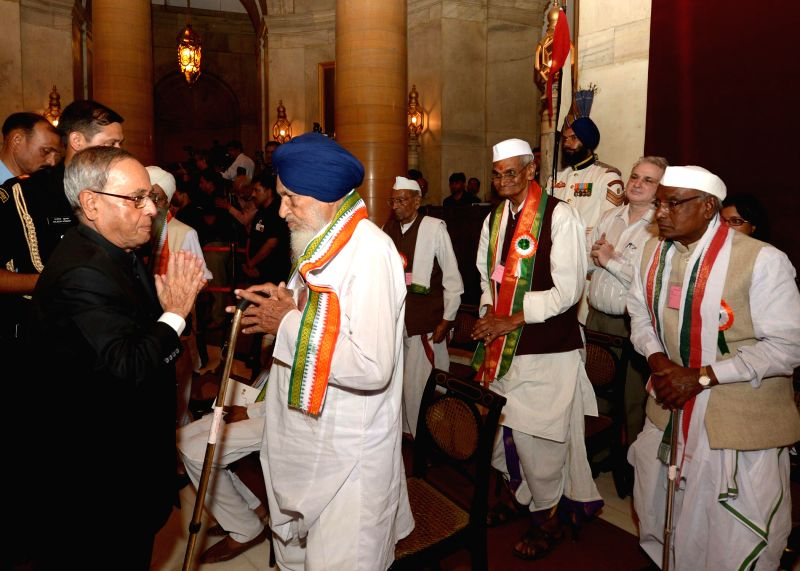 President Pranab Mukherjee hosting a reception in honour of Freedom Fighters at Rashtrapati Bhavan on Aug. 9, 2014.