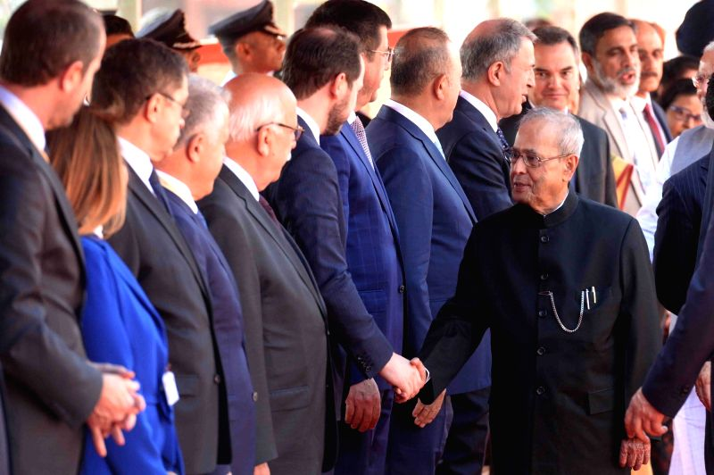 President Pranab Mukherjee meeting dignitaries from Turkey at the forecourt in Rashtrapati Bhavan, New Delhi on May 1, 2017. - Pranab Mukherjee
