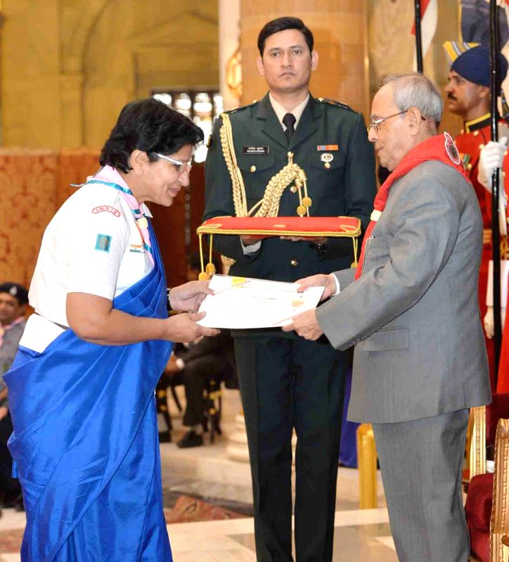 President Pranab Mukherjee presents the Bharat Scouts & Guides Awards Certificates for the year 2014, at the presentation of the Rashtrapati Scouts & Guides Awards for the ... - Pranab Mukherjee