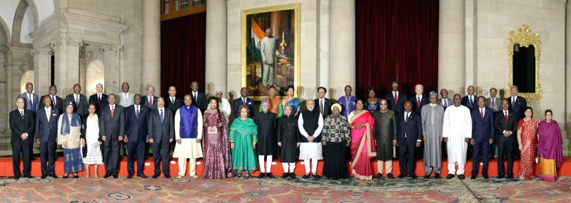 President Pranab Mukherjee with heads of delegation and their spouses during the 3rd India Africa forum summit 2015 (IAFS-III) at Rashtrapati Bhavan in New Delhi on Oct 29, 2015. - Pranab Mukherjee