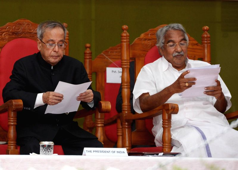 President Pranab Mukherjee with Kerala Chief Minister Oommen Chandy during inauguration of  the Platinum Jubilee Celebrations of the  College of Engineering Trivandrum in Thiruvananthapuram on July .. - Oommen Chandy and Pranab Mukherjee
