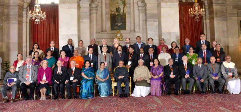 President Pranab Mukherjee with the participants of the International Conference of Indologists at Rashtrapati Bhavan, in New Delhi on Nov 21, 2015. - Pranab Mukherjee