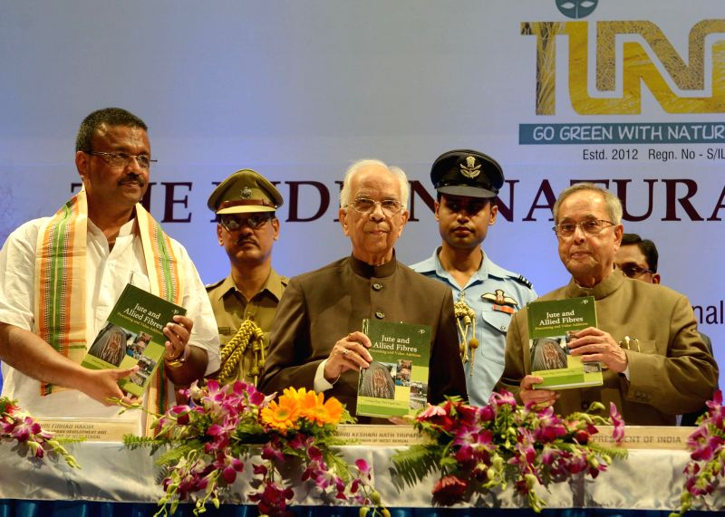 President Pranab Mukherjee with West Bengal Governor Keshari Nath Tripathi during inauguration of International Conference on Natural Fibres in Kolkata on August 1, 2014. - Pranab Mukherjee and Keshari Nath Tripathi