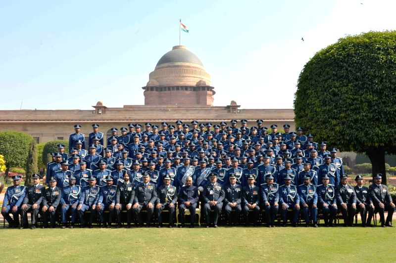 President Ram Nath Kovind with the Indian Air Force Band Contingents (participants of the Beating Retreat Ceremony) and Provost Outrides at Rashtrapati Bhavan in New Delhi on Jan 30, 2018. - Nath Kovind