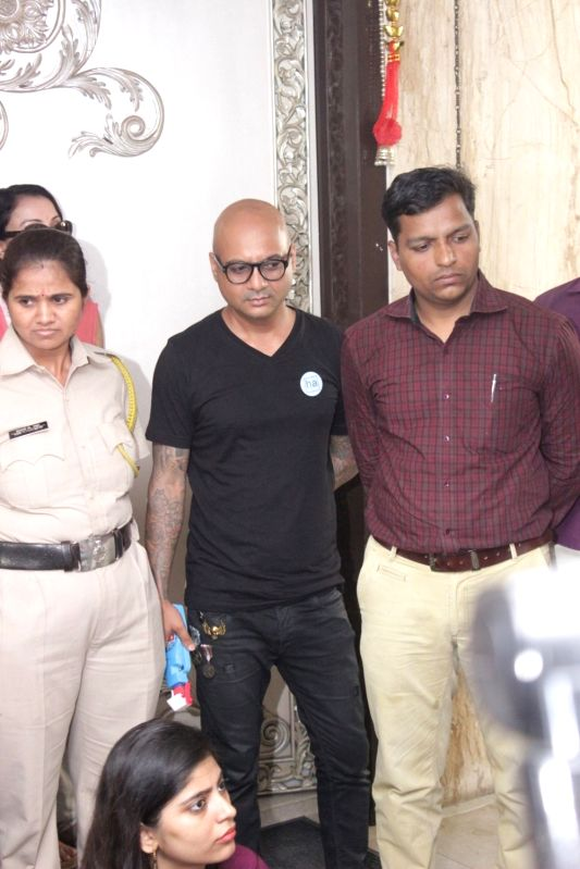 Press conference for Azaan Controversy with singer Sonu Nigam in Mumbai on April 19, 2017. - Sonu Nigam