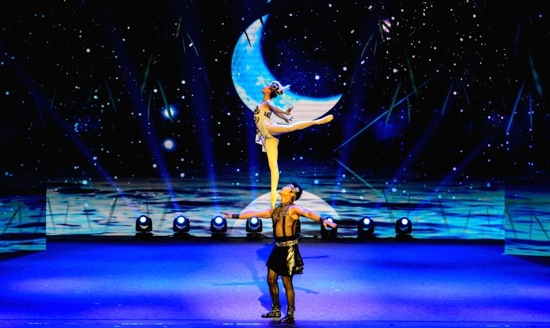 """PRETORIA, April 26, 2017 - Chinese acrobats perform acrobatic ballet """"Moon and Shadow"""" during the China-South Africa Hand in Hand Gala in Pretoria, South Africa, April 25, 2017. The gala ..."""