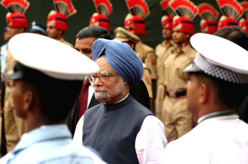 Prime Minister Manmohan Singh  at the Red Fort, on the occasion of 63rd Independence Day in New Delhi  on 15 August 2009.