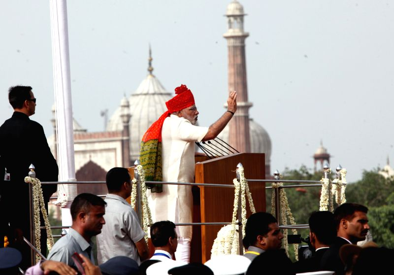 Prime Minister Narendra Modi addresses the nation after hoisting the national flag on 68th Independence Day from the ramparts of Red Fort, in Delhi on August 15, 2014. - Narendra Modi
