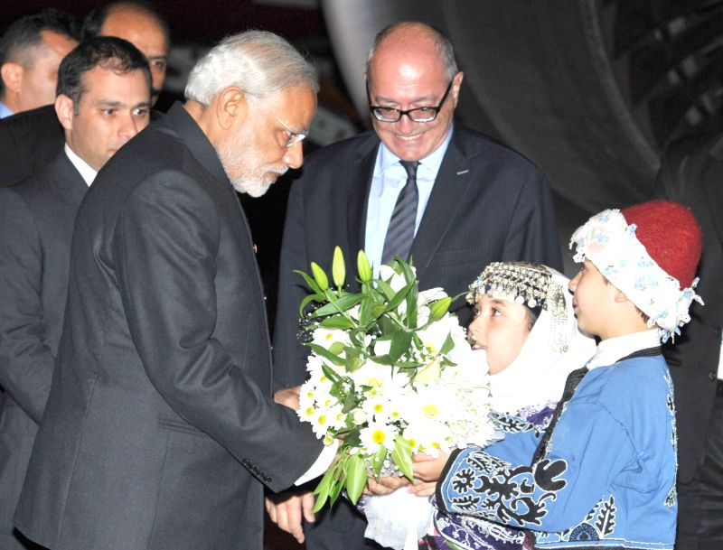 Prime Minister Narendra Modi being received on his arrival at Antalya, to attend G20 Turkey 2015, in Turkey on Nov 14, 2015. - Narendra Modi