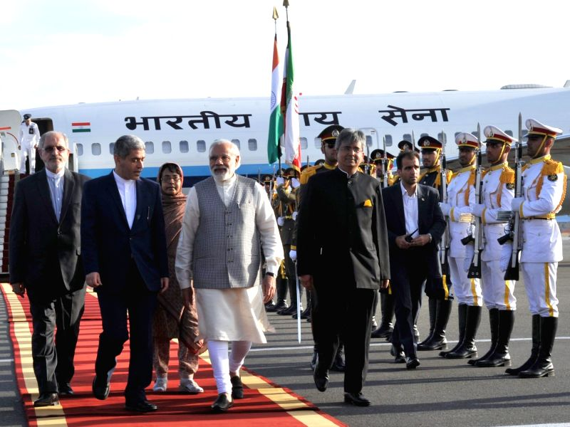 Prime Minister Narendra Modi being welcomed on his arrival at Mehrabad International Airport, in Tehran, Iran on May 22, 2016. - Narendra Modi