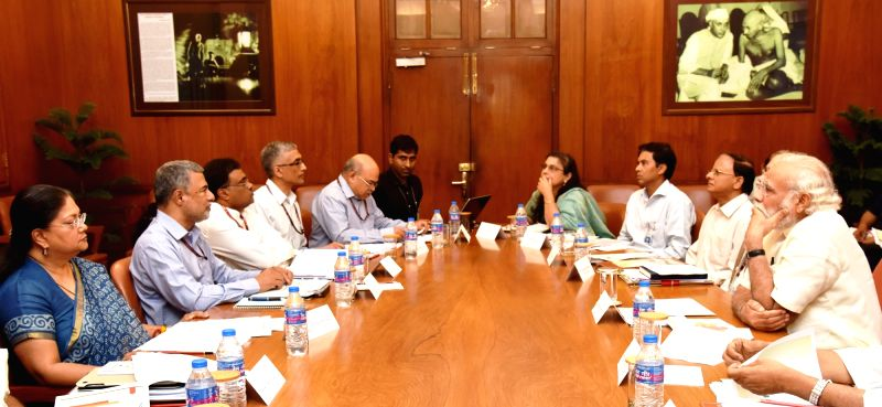 Prime Minister Narendra Modi chairs a high level meeting on drought situation with the Rajasthan Chief Minister Vasundhara Raje Scindia, in New Delhi on May 14, 2016. - Narendra Modi