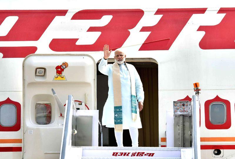 Prime Minister Narendra Modi departs for Sri Lanka to attend International Vesak Day Celebrations from New Delhi on May 11, 2017. - Narendra Modi