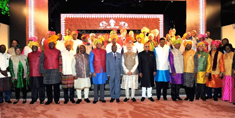 Prime Minister Narendra Modi with the African leaders during the special dinner hosted, on the sidelines of the 3rd India Africa Forum Summit, in New Delhi on Oct 28, 2015. - Narendra Modi