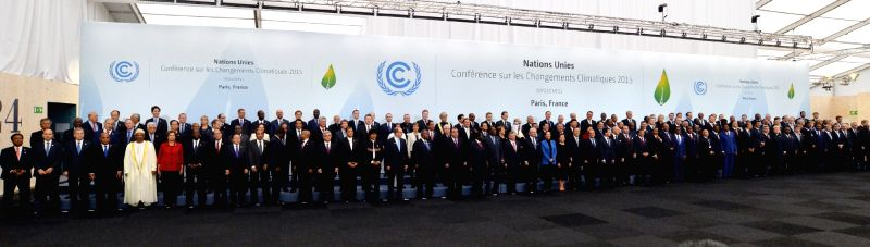 Prime Minister Narendra Modi with the Heads of State and Government at COP21, in Paris, France on Nov 30, 2015. - Narendra Modi