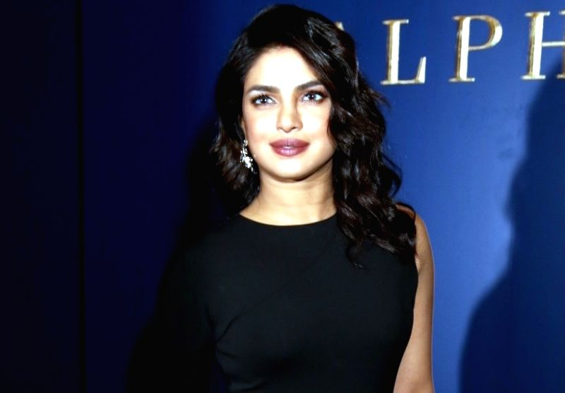 Priyanka Chopra Shares Her Family Pic As She Cheers For -6339