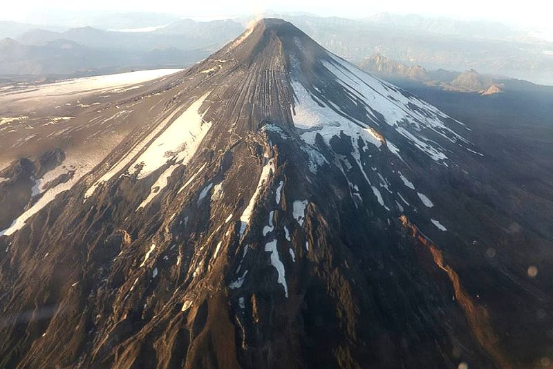 Image provided on March 3, 2015 by the National Service of Geology and Mining (SERNAGEOMIN) shows the Villarrica Volcano after its eruption, 18 kilometers south of ...