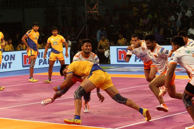 Puneri Paltan Defender Ziaur Rahman  in action during a Pro Kabaddi League 2017 match between Puneri Paltan and Tamil Thalaivas in Chennai, on Sept 29, 2017.
