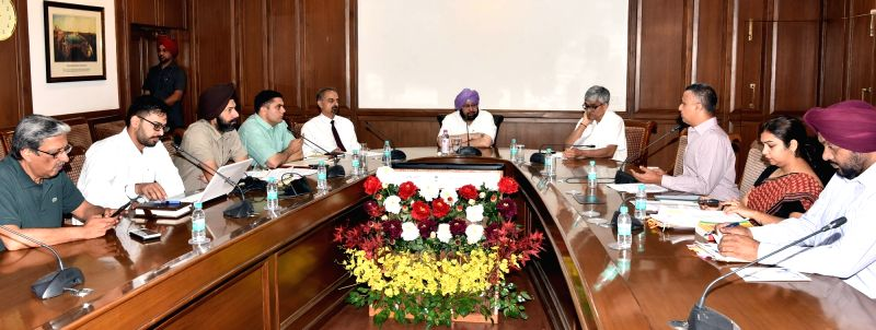 Punjab Chief Minister Captain Amarinder Singh chairs a meeting to discuss the proposed Transport Policy-2017 at Punjab Bhawan in Chandigarh on April 27, 2017. - Captain Amarinder Singh