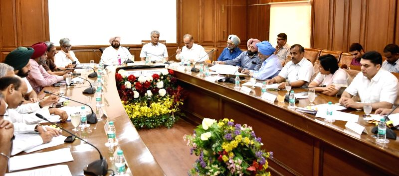 Punjab Chief Minister Captain Amarinder Singh during meeting Deputy Commissioners at Punjab Bhawan in Chandigarh on June 1, 2017. - Captain Amarinder Singh