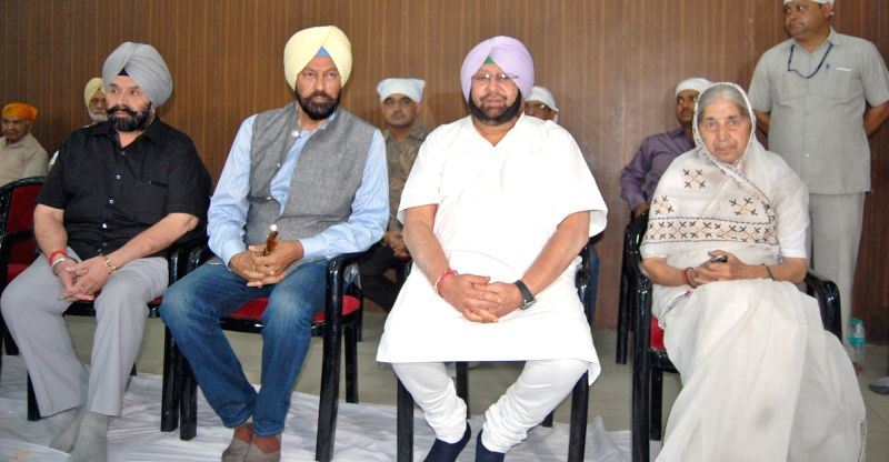 Punjab Chief Minister Captain Amarinder Singh during a programme organised to pay tribute to Punjab DGP KPS Gill at Constitution Club in New Delhi on June 3, 2017. - Captain Amarinder Singh