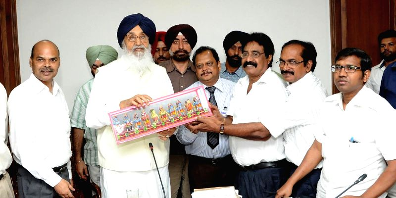 Punjab Chief Minister Parkash Singh Badal during a meeting with progressive fish farmers in Chandigarh on Aug 11, 2014. - Parkash Singh Badal